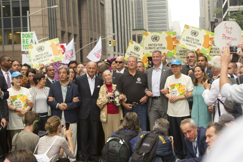 40万人のニューヨークの気候マーチ。国連事務総長も参加
